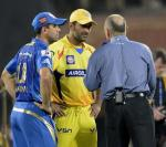 MS Dhoni (CSK) and Ricky Ponting (MI) with Danny Morrison at MI vs CSK 49th Match Highlights IPL 2013 - 5 May